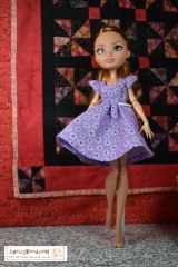 Doll #Photography Tip #5 @ ChellyWood.com: Shoot #Dolls in Motion