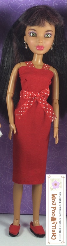 Click here to find all the patterns and tutorials you'll need to make this project: https://chellywood.com/2016/11/21/easy-barbie-dress-pattern-for-holiday-crafting-is-free-chellywood-com-dolls/