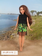 To make this simple, easy-to-sew felt sleeveless shirt and elastic-waist miniskirt with tulle, please click on the following links for the free patterns and tutorials: http://wp.me/p1LmCj-FmL