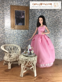 Click here to find all the patterns and tutorials you'll need to make this project: https://chellywood.com/2018/02/22/quinceanera-dolls-dress-diy-chellywood-com/