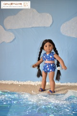 Swimsuit bikini top for #AmericanGirlDolls and other 18 inch #dolls–free #patterns @ ChellyWood.com